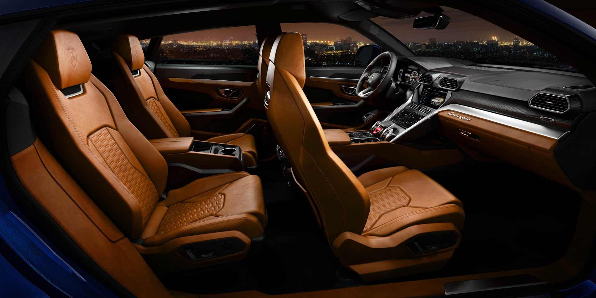 Lamborghini-Urus-Sitze