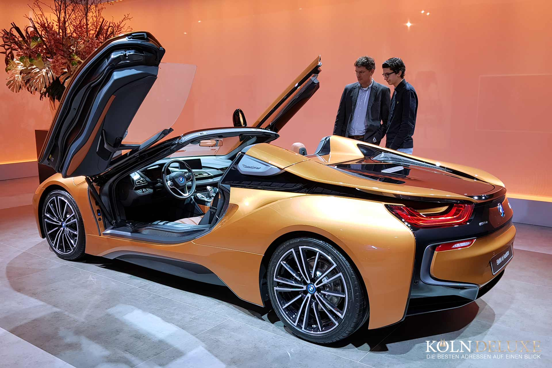 MASTERS_LXRY_BMW_I8_ROADSTER