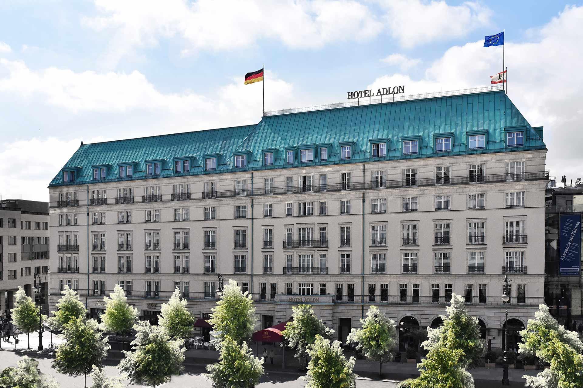Aussenansicht des Hotel Adlon Kempinski in Berlin