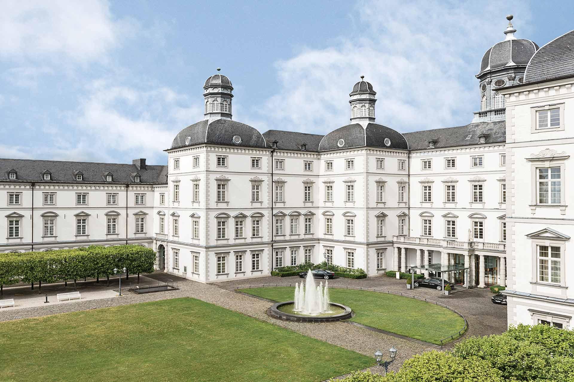 Althoff Collection Grandhotel Schloss Bensberg aussen